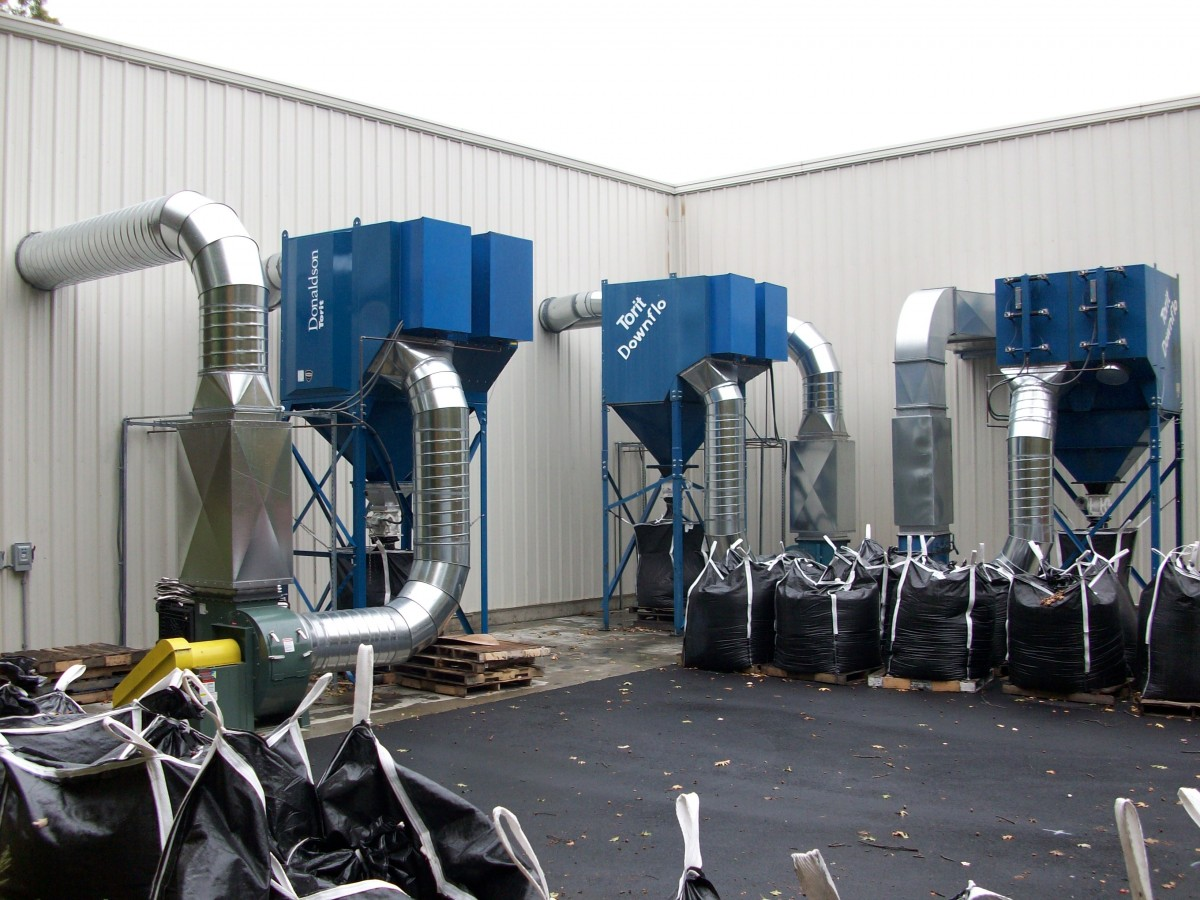 Three Centralized Dust Collection Systems For Graphite